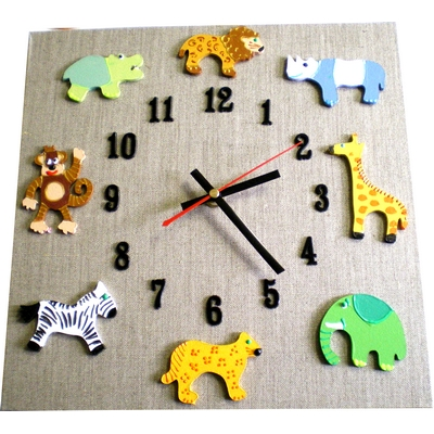 horloge originale pour enfant billes de clowns. Black Bedroom Furniture Sets. Home Design Ideas
