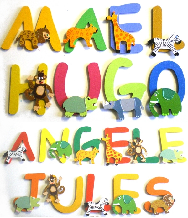 Lettres bois animaux jungle billes de clowns - Prenom en bois pour porte de chambre ...